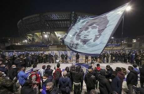 Luto na Argentina por Diego Maradona: um país inteiro comovido.