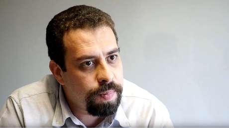 Na disputa pelo segundo turno de São Paulo, a candidatura de Guilherme Boulos (PSOL) é acompanhada de perto por dirigentes de esquerda no país