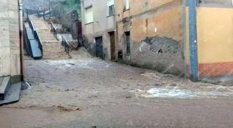 Inundação em Bitti, na Sardenha, sul da Itália