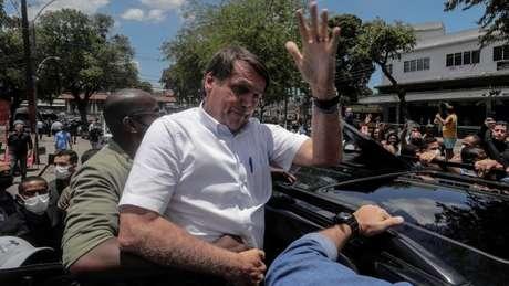 Analistas dizem que resultado das eleições municipais não decretam derrota fatal para Bolsonaro