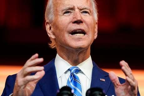 Presidente eleito dos EUA, Joe Biden, discursa em escritório da transição de governo em Wilmington, Delaware 25/11/2020 REUTERS/Joshua Roberts/File Photo