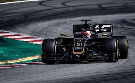 Pietro Fittipaldi durante um teste de F1 com a Haas.
