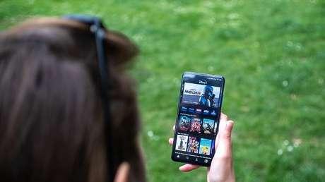 Disney+ está disponível para TVs, mobile e computadores (Imagem: Mika Baumeister/Unsplash)