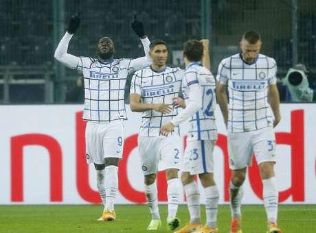 Lukaku comemora gol em vitória importante da Inter