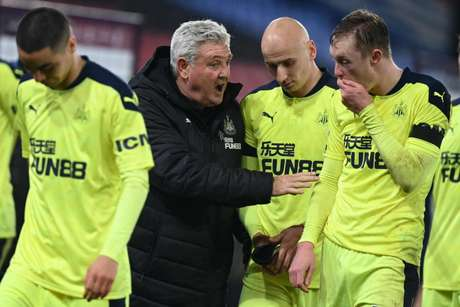 Último jogo do Newcastle foi na sexta-feira, contra o Crystal Palace (Foto: DANIEL LEAL-OLIVAS / POOL / AFP)
