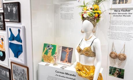 Biquíni de Carmen Miranda (Foto: Divulgação)