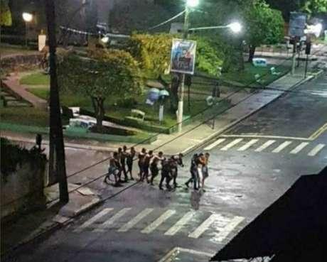 Moradores foram feitos reféns em praça no centro de Cametá, no Pará