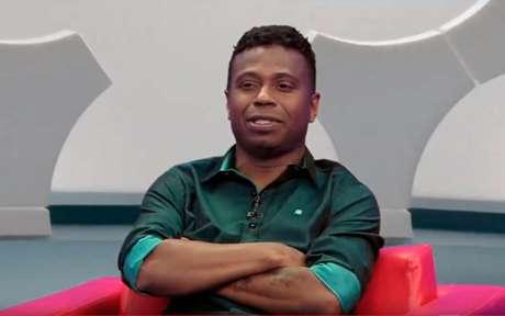 Edilson é comentarista do 'Os Donos da Bola' (Foto: Reprodução/TV)