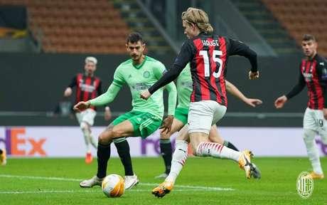 Milan venceu o Celtic e se classificou na Liga Europa