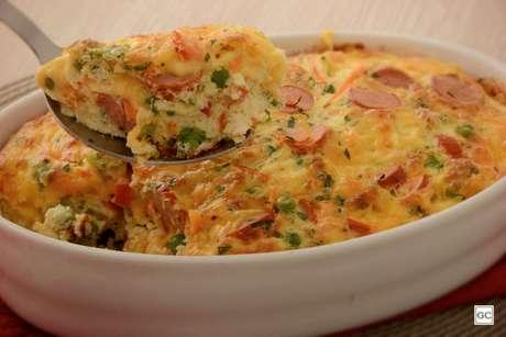 Guia da Cozinha - Omelete assada com salsicha e legumes