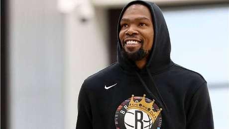 Kevin Durant já começa a se destacar pelo Brooklyn Nets na NBA