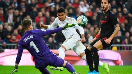 Real Madrid e Sevilla se enfrentaram pela última vez antes da pandemia (Foto: AFP)
