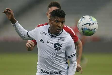 Rhuan em ação pelo Botafogo (Foto: Vítor Silva/Botafogo)