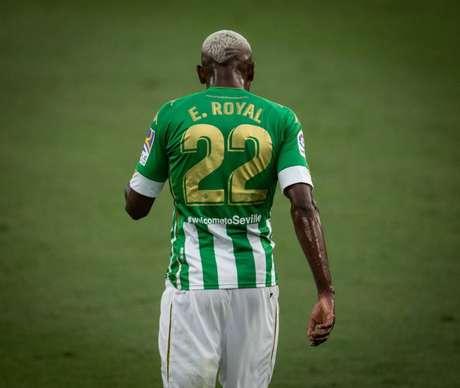 Emerson vive grande fase no Betis (Foto: Nogueira Fotos)