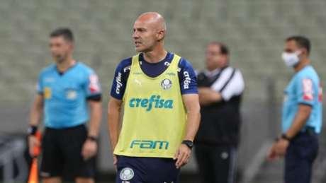 O auxiliar Vitor Castanheira comandará o Palmeiras no clássico contra o Santos (Foto: Cesar Greco/Palmeiras)
