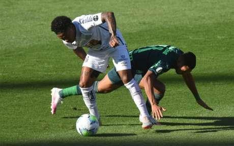No primeiro turno, o Palmeiras bateu o Santos por 2 a 1, no estádio do Morumbi (Foto: Twitter/Santos)