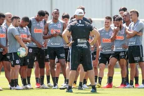 Elenco do Corinthians está de folga neste final de semana e voltará na segunda (Foto: Rodrigo Coca/Ag. Corinthians)