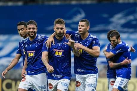 Rafael Sobis participou de forma direta de três dos quatro gols do Cruzeiro na goleada sobre o Brasil de Pelotas-(Gustavo Aleixo/Cruzeiro)