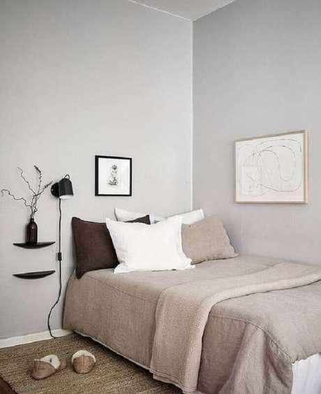 40. Decoração simples para quarto minimalista solteiro – Foto: Coco Lapine Design