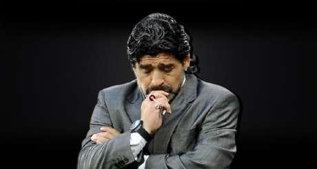 Imprensa argentina diz que o ídolo do futebol enfrentava forte depressão nos últimos meses de vida