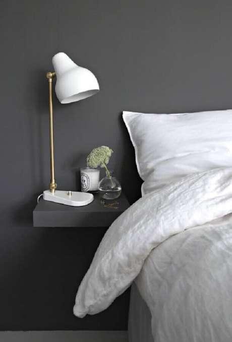 54. Luminária charmosa para decoração de quarto minimalista cinza – Foto: Archzine