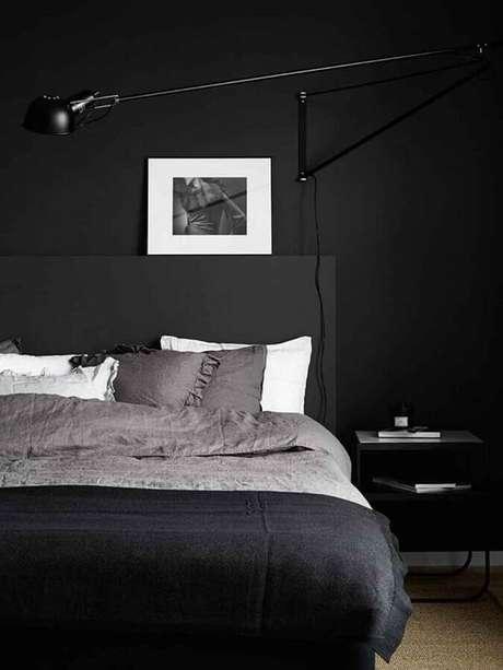 10. A cor preta é muito usada para a decoração de quarto masculino minimalista – Foto: Futurist Architecture