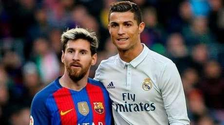 Messi e Cristiano Ronaldo em um Barcelona x Real Madrid (Foto: AFP)