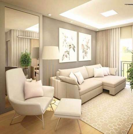 29. Poltrona confortável para decoração de sala de estar bege moderna – Foto: Pinterest