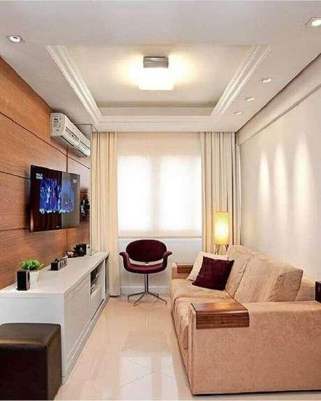 8. A sala bege e branco é uma combinação clássica na decoração – Foto: Pinterest
