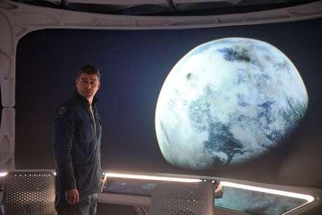 Kyle Chandler como Mitchell