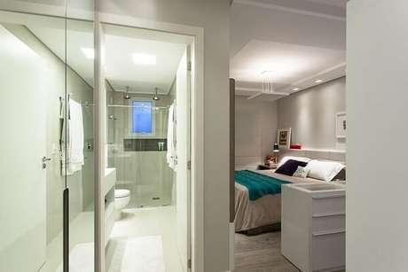 18. Elabore um lindo projeto luminotécnico para o quarto com suíte simples. Projeto por Juliana Pippi
