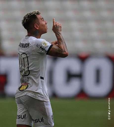 Vargas foi decisivo diante do Furacão e ajudou o Galo a garantir os três pontos no Paraná-(Bruno Cantini/Agência Galo)