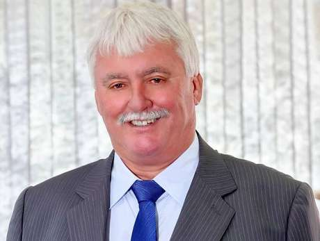 O prefeito de Santa Clara D'Oeste, Wair Zapelão, do PSDB, morreu após contrair a covid-19