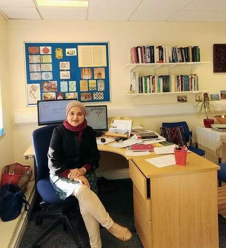 """""""Para mim, como historiadora e muçulmana, Cadija é uma figura inspiradora"""", diz Fozia Bora, professora associada de história islâmica na Universidade de Leeds, na Inglaterra"""