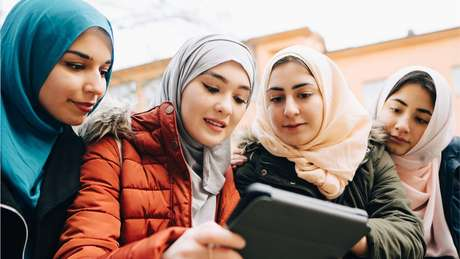 Para muitas mulheres jovens muçulmanas, Cadija é um modelo a seguir