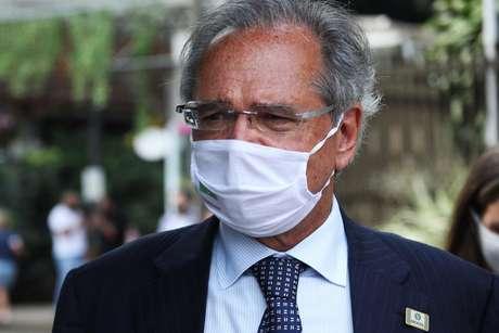 Paulo Guedes diz que pressionou por mais recursos contra a pandemia