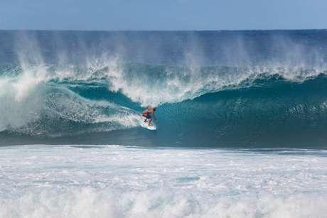 Italo Ferreira avançou às oitavas (Foto: Tony Heff / World Surf League)