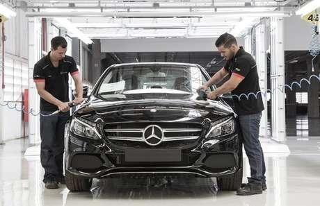 Fábrica da Mercedes-Benz em Iracemápolis: segunda tentativa fracassada da marca no país. Ou do país em manter a marca?
