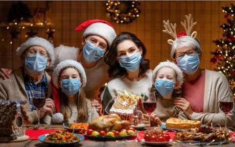 Natal e Ano Novo: como se proteger do coronavírus nas festas de fim de ano