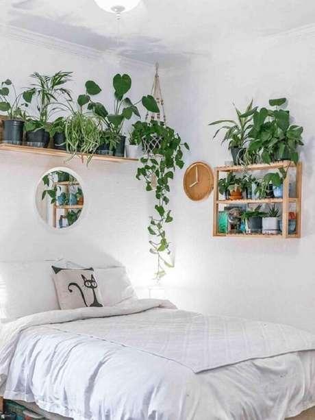 39. As plantas trazem frescor para a decoração de plantas no vaso suspenso. Fonte: Casa de Valentina