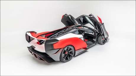 Imagem do inédito hipercarro McLaren Sabre.