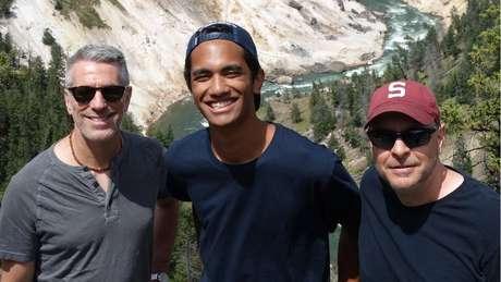 A família gosta de fazer caminhadas e explorar parques nacionais