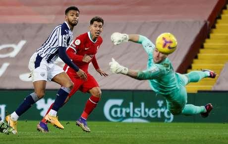 Liverpool cede empate para West Bromwich no fim pelo Inglês