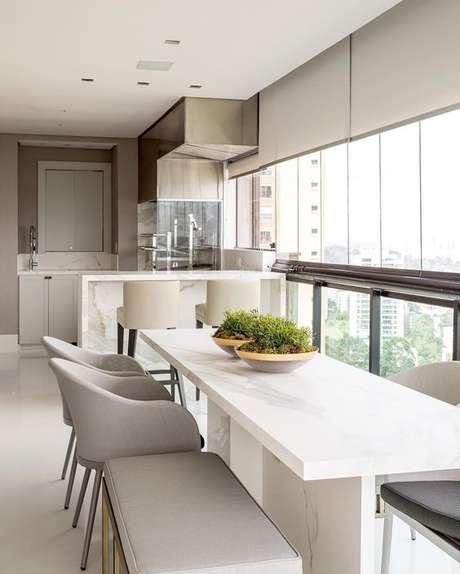 7. Mesa para varanda gourmet branca – Via: Dicas de Mulher