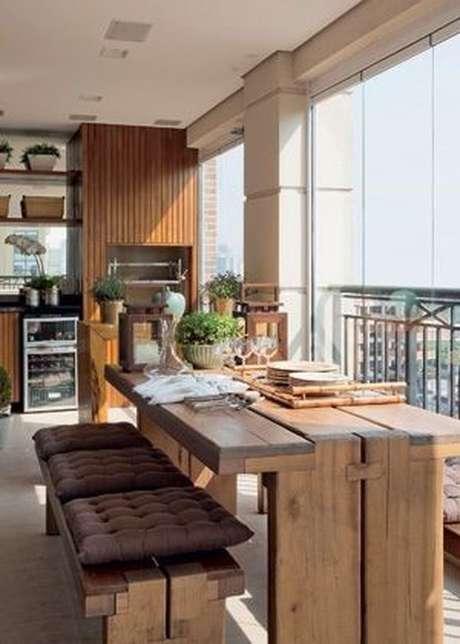 69. Mesa para varanda gourmet rustica – VIa: Revista Casa e Jardim