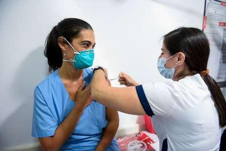 Argentina inicia vacinação contra a covid-19 com a Sputnik V