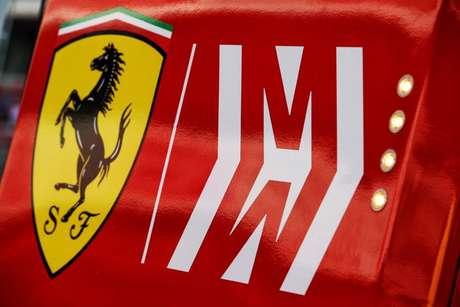 Marca Mission Winnow no SF1000 rendeu uma ameaça de processo à Ferrari por propaganda subliminar.