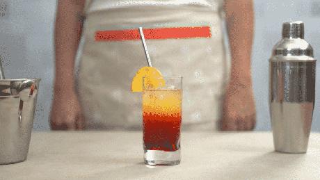 Guia da Cozinha - Tequila Sunrise: drink perfeito para começar o ano bem