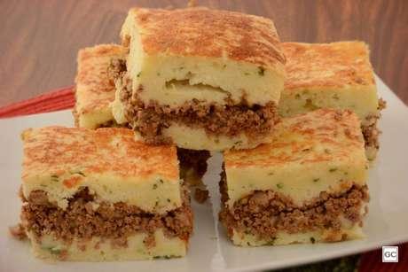Guia da Cozinha - Torta de carne moída e bacon perfeita para todas as refeições