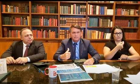 Jair Bolsonaro durante primeira live deste ano